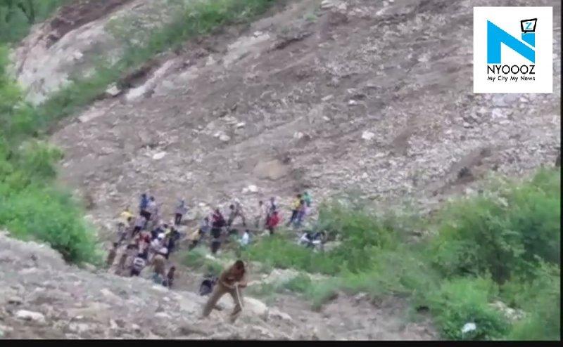 उत्तराखंड रोडवेज बस हादसा: CM रावत ने जताया दुख, घायलों को हेलीकॉप्टर से एम्स लाने के निर्देश
