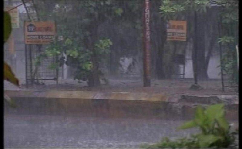 बारिश का कहर, कानपुर देहात-बरेली समेत यूपी में 25 लोगों की मौत