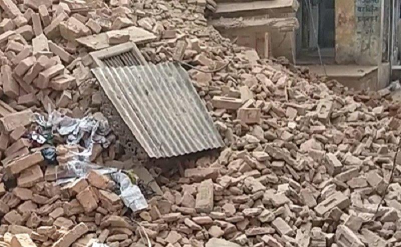 सहारनपुर में मकान की छत गिरी, परिवार के 6 लोगों की मौके पर मौत