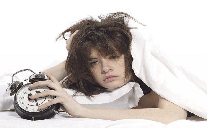सर्वे: 'कम सैलरी' भी है नींद न आने की वजह