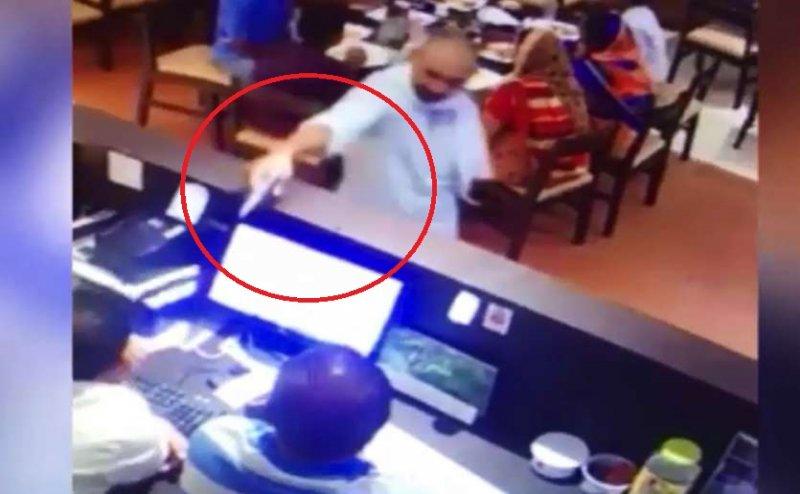 CCTV: सुल्तानपुर के मशहूर रेस्टोरेंट के मालिक पर ताबड़तोड़ फायरिंग, लोगों में हड़कंप