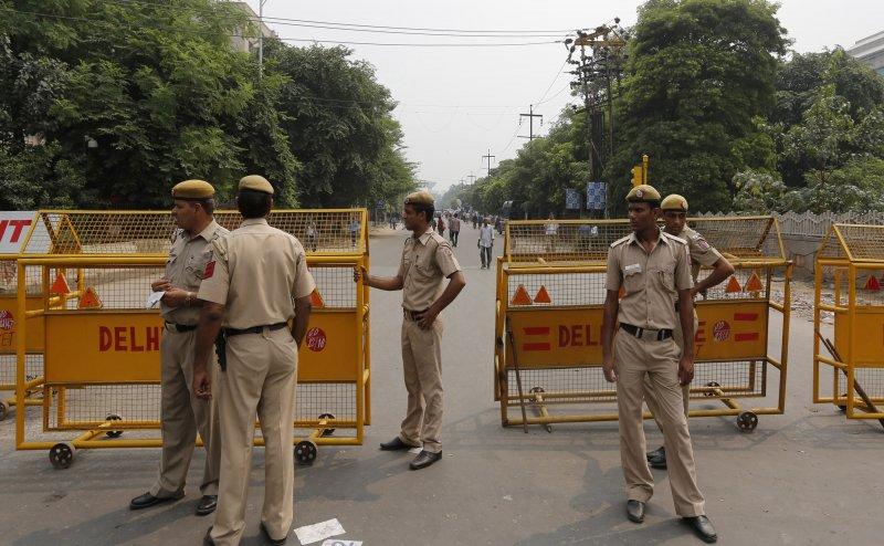 दिल्ली में 5 आतंकी घुसने की खबर से मचा हड़कंप, अलर्ट