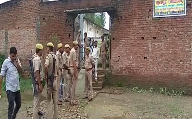 देवरिया शेल्टर होम कांड के बाद शाहजहांपुर पुलिस ने की छापेमारी शुरू