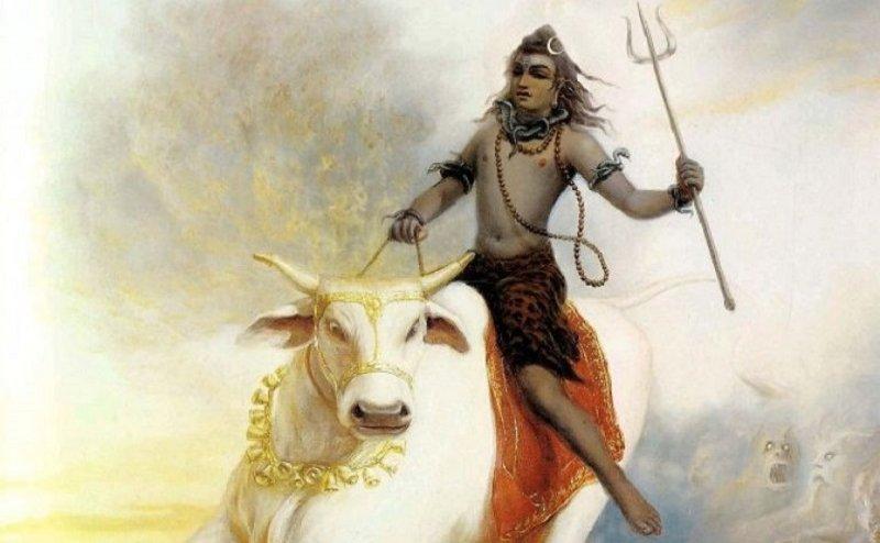 Shivratri 2018: नाग, त्रिशूल और बैल है शिव के प्रिय, ये है कारण...
