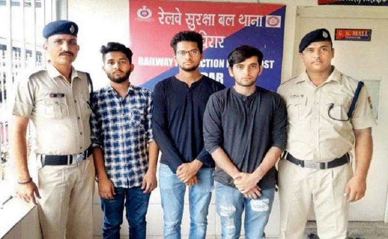 सावधान इंडिया के इस एक्टर ने किया Kiki Challenge, पुलिस ने साथी समेत किया गिरफ्तार