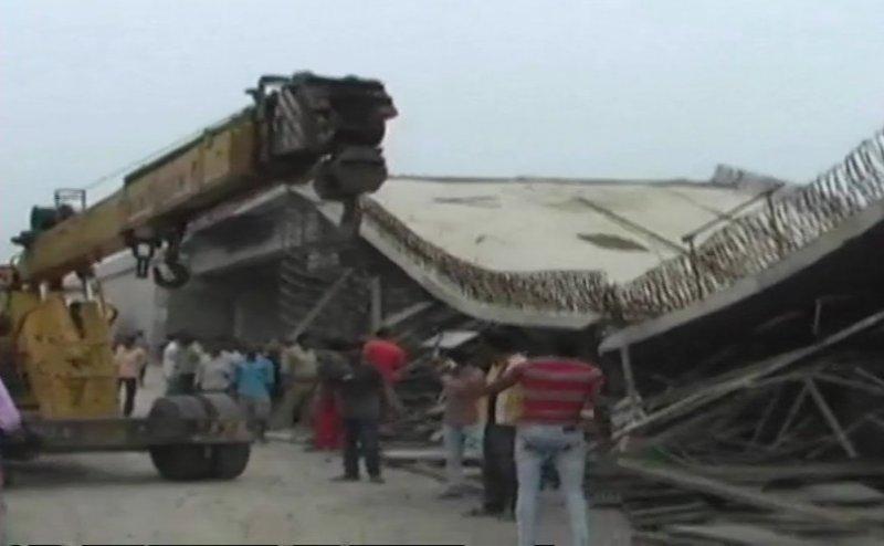 बस्ती: NH 28 पर गिरा निर्माणाधीन फ्लाईओवर, 4 मजदूर घायल