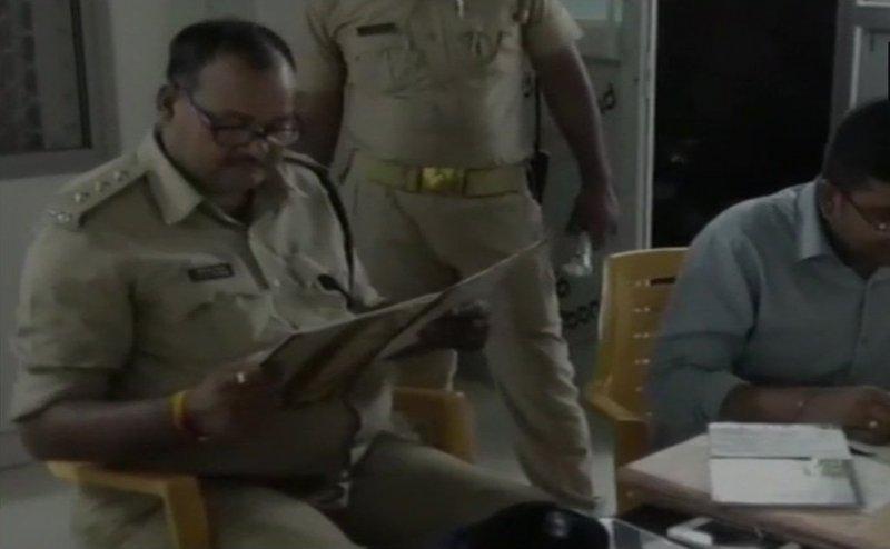 गाजीपुर के शेल्टर होम में पुलिस का छापा, 3 गिरफ्तार