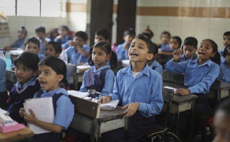 NCERT की किताबें पढ़ाना अनिवार्य, उल्लंघन करने पर स्कूल का लाइसेंस होगा रद्द