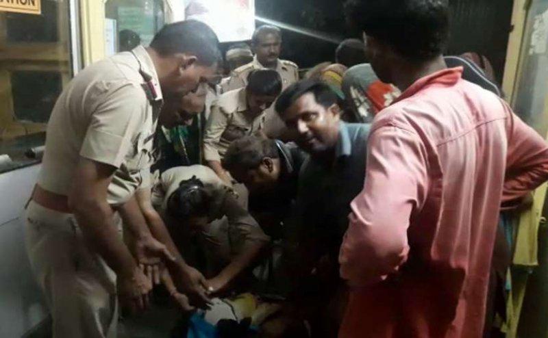 हापुड़: आबकारी विभाग की कस्टडी में युवक की मौत, 7 सिपाहियों पर केस दर्ज
