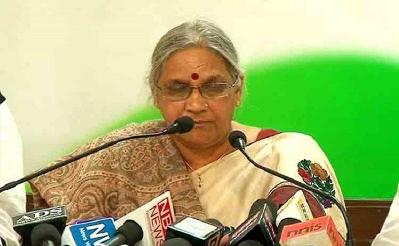 अटल जी की भतीजी का आरोप, वोट के लिए BJP कर रही अस्थि कलश यात्रा