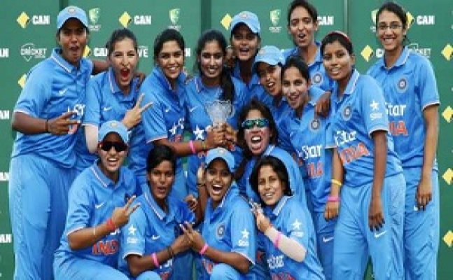 womens cricket team members will honor by yogi government