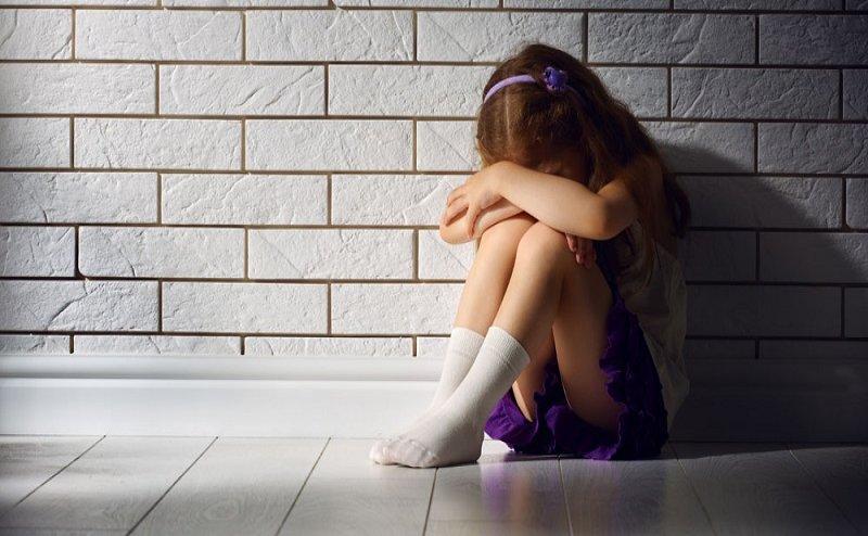 7 साल की मासूम से पिता करता था गंदी हरकत, बेटी ने मां को बताई सच्चाई