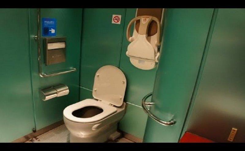 रेलवे ट्रैक पर नहीं फैलेगी गंदगी, अब ऐसे होंगे ट्रेनों में टॉयलेट