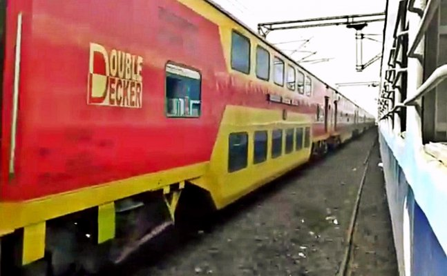 Double Decker Express going from Bareilly to Delhi been accident