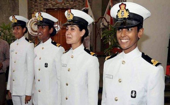 UP की शुभांगी स्वरूप बनीं भारतीय नौसेना की पहली महिला पायलट