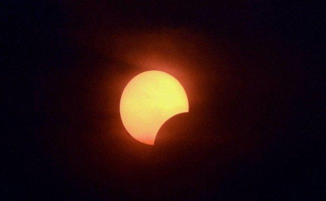 भारत में साल का दूसरा सूर्य ग्रहण, NASA ने जारी किया VIDEO