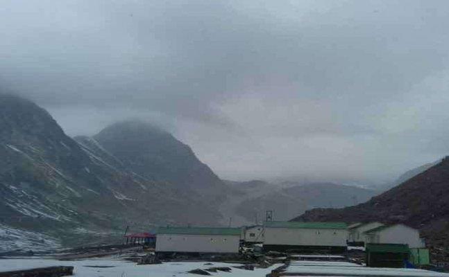 उत्तराखंड में बदला मौसम, देहरादून समेत कई स्थानों पर बारिश