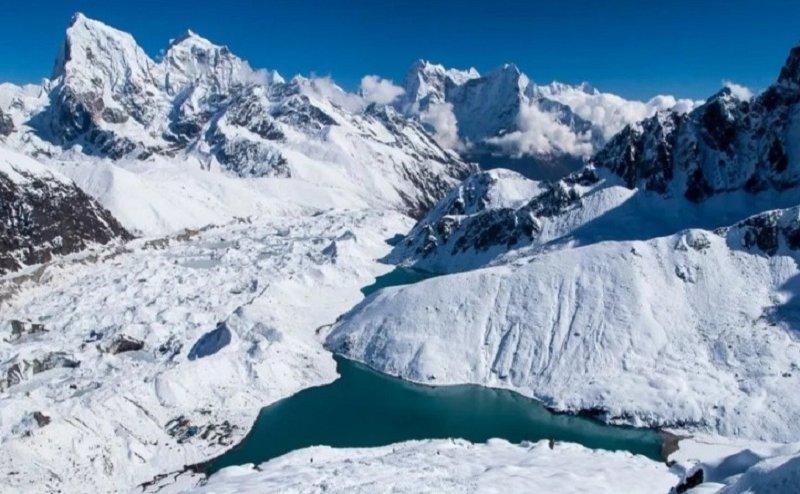 वैज्ञानिकों का दावा, 14 मीटर सिकुड़ गया अंटार्कटिका का गंगोत्री ग्लेशिय