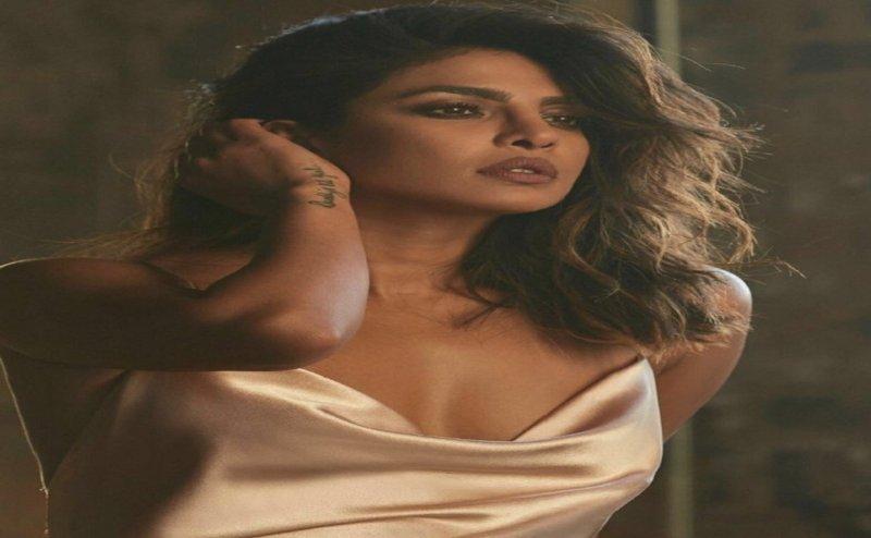 अवैध निर्माण पर बीएमसी ने प्रियंका चोपड़ा को भेजा नोटिस