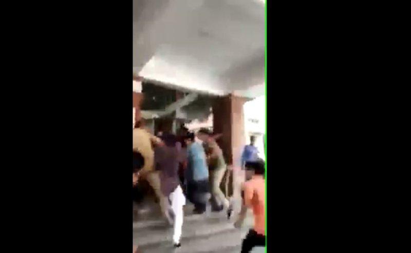 ग्रेटर नोएडा के Sharda University में कश्मीरी छात्र की पिटाई, कॉलेज 3 दिन के लिए बंद