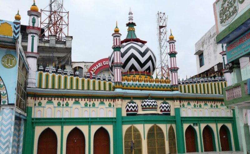 बरेली में इमाम अहमद रजा खां के 100वें उर्स का आयोजन, पहली बार लगे पुस्तक स्टॉल
