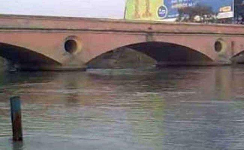 गंगनहर में युवती समेत 5 लोगों की डूबने की संभावना