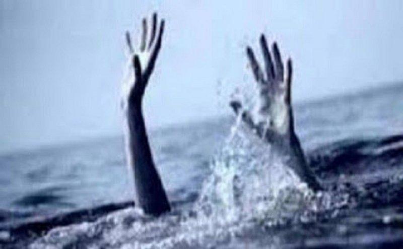 डूबते हुए युवक को बचाने के चक्कर में एक युवक ने खुद गवां दी जान