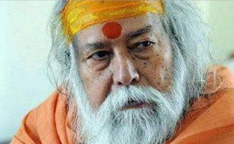 शंकराचार्य ने साधा साध्वी पर निशाना, कहा-गोडसे को राष्ट्रभक्त बताने वाला हिंदू नहीं
