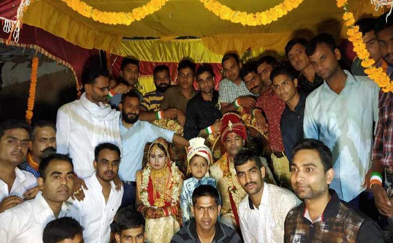 दो साल पहले आतंकियों से मुठभेड़ में शहीद हुआ था जवान, अब बहन की शादी में साथी दोस्तों ने भाई का फर्ज ऩिभाते हुए किया कुछ ऐसा