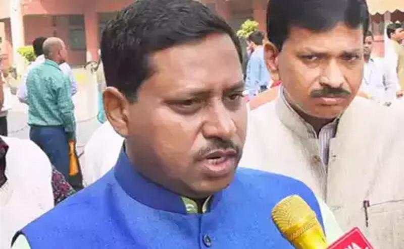 टोल प्लाजा मारपीट मामले में बीजेपी सांसद राम शंकर कठेरिया के 2 गार्ड गिरफ्तार