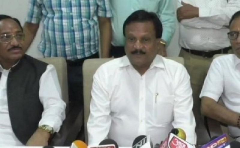 MP: दो मंत्रियों के बिगड़े बोल, एक ने कहा- BJP की मानसिकता कुत्तों वाली, दूसरे ने कहा- BJP के टुकड़े कर देंगे