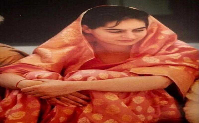 प्रियंका गांधी की साड़ी वाली तस्वीर पर रोमांटिक हुए रॉबर्ड वाड्रा, कहा- आप मुझे रोज एक सी दिखती हैं
