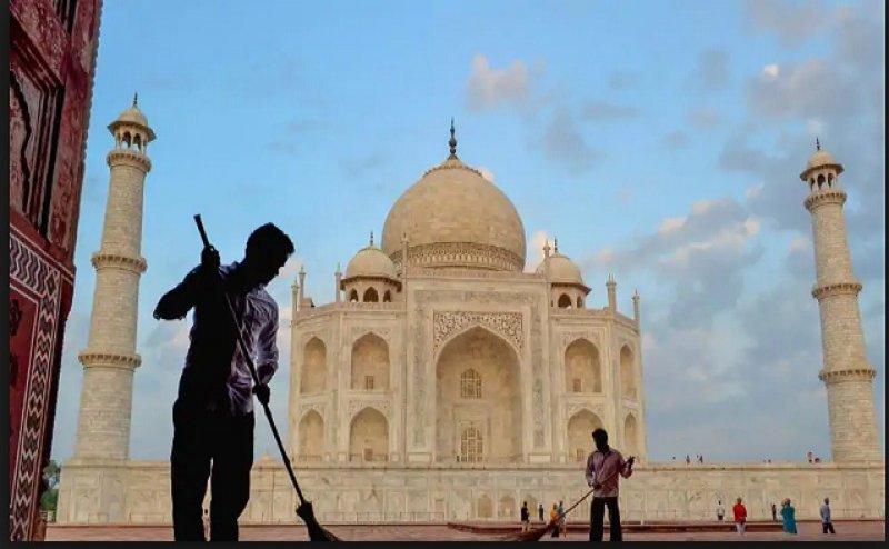 पॉल्यूशन से ताजमहल की 'खूबसूरती' पर क्या पड़ा असर, स्पेक्ट्रोग्राफी से लगाया जाएगा पता