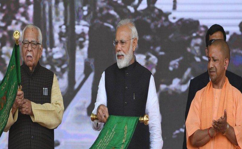 गाजियाबाद: PM नरेंद्र मोदी ने किया हिंडन एयरबेस टर्मिनल का लोकार्पण