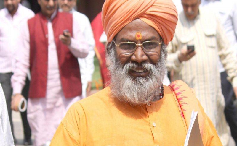 Lok Sabha Election 2019: साक्षी महाराज का U-Turn, बोले- टिकट नहीं मिले तब पर भी बीजेपी के लिए करूंगा प्रचार