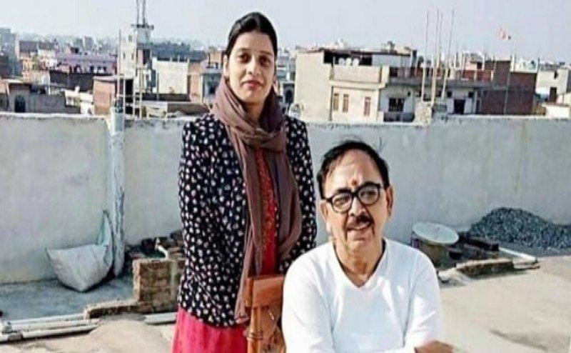 Lok Sabha Election 2019: कांग्रेस ने बीजेपी को दिया झटका, महेंद्रनाथ पांडेय की बहू थामने जा रही प्रियंका का हाथ