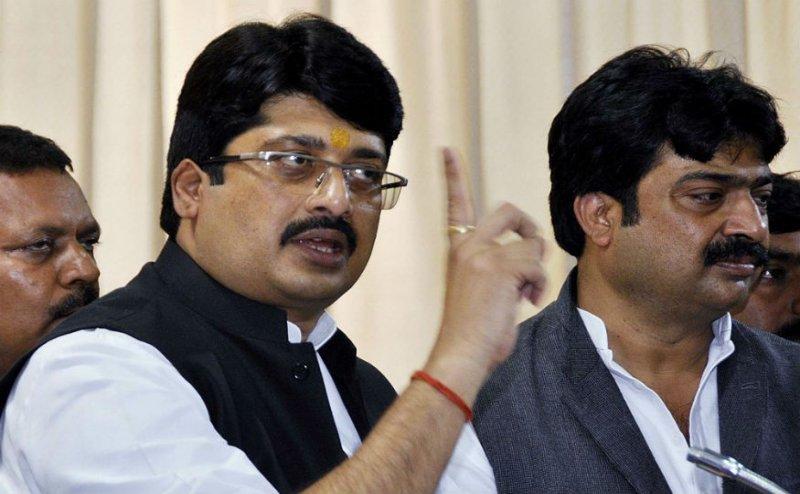 Lok Sabha Election 2019: बाहुबली राजा भैया ने दो सीटों पर उतारे अपने प्रत्याशी