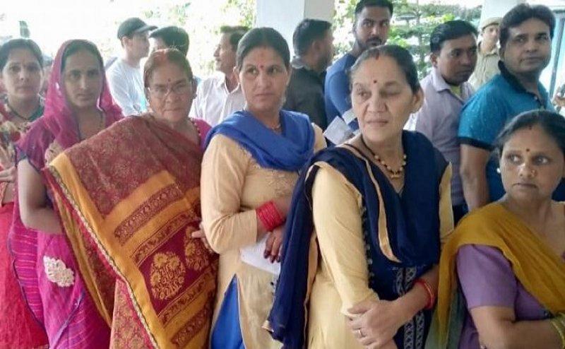 Lok Sabha Election 2019: यूपी की 8 सीटों पर वोटिंग खत्म, यहां देखिए 8 सीटों पर कुल मतदान का प्रतिशत