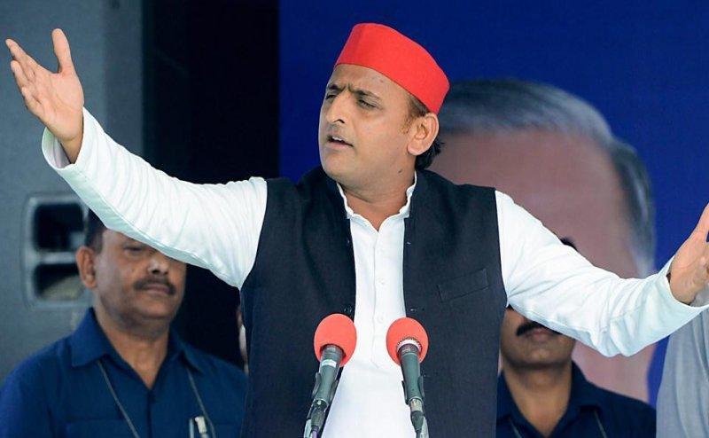 Lok Sabha Election 2019: बाबा मुख्यमंत्री योगी के लिए EC बनाएं स्पेशल कोर्ट: अखिलेश यादव