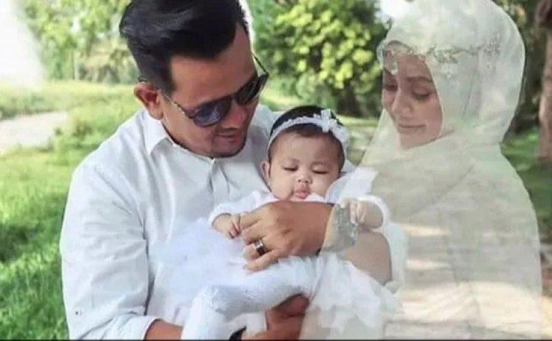 Mother's Day: हैरतअंगेज! मौत के 5 महीने बाद तस्वीरों में नजर आई मां की परछाईं