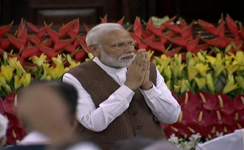 NDA गठबंधन की बैठक में नरेंद्र मोदी सर्वसम्मति से चुने गए संसदीय दल के नेता
