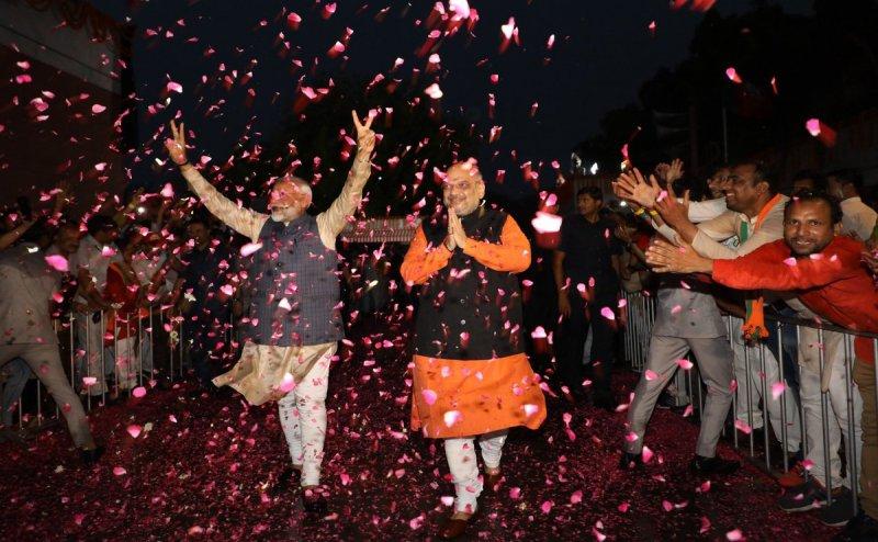 सर्वे में ख़ुलासा: OBC, ST और सवर्ण हिंदुओं ने दिए NDA को सबसे ज्यादा वोट