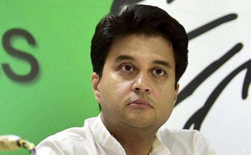 कमलनाथ मंत्रिमंडल के विस्तार पर लगा ब्रेक, सिंधिया खेमे के मंत्री नहीं चाहते हैं कुर्सी छोडऩा