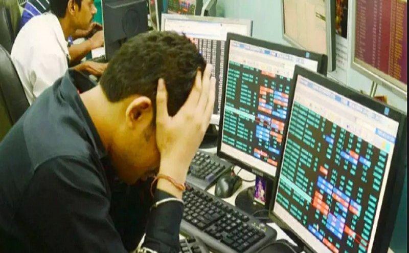 Budget 2019: बजट के बाद स्टॉक मार्केट क्रैश, शेयर बाजार को रास नहीं आया अमीरों पर सरचार्ज लगाना