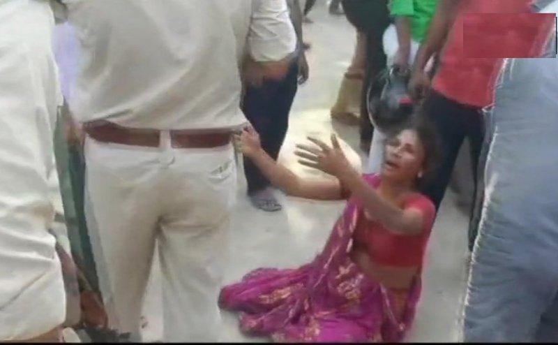 बिहार में मॉब लिंचिंग, छपरा में मवेशी चोरी के आरोप में 3 लोगों को पीटकर मार डाला