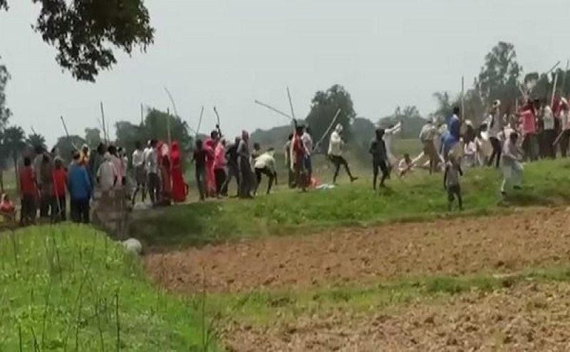 सोनभद्र नरसंहार का वीडियो आया सामने, चारों तरफ चीख-पुकार और गोलियों की तड़तड़ाहट