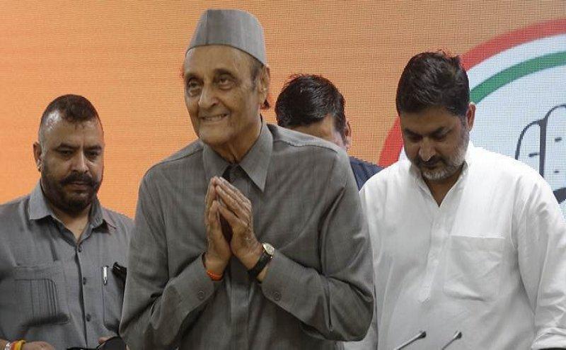 Article 370 हटाने पर कांग्रेस के वरीय नेता कर्ण सिंह ने मोदी सरकार के फैसले का किया समर्थन