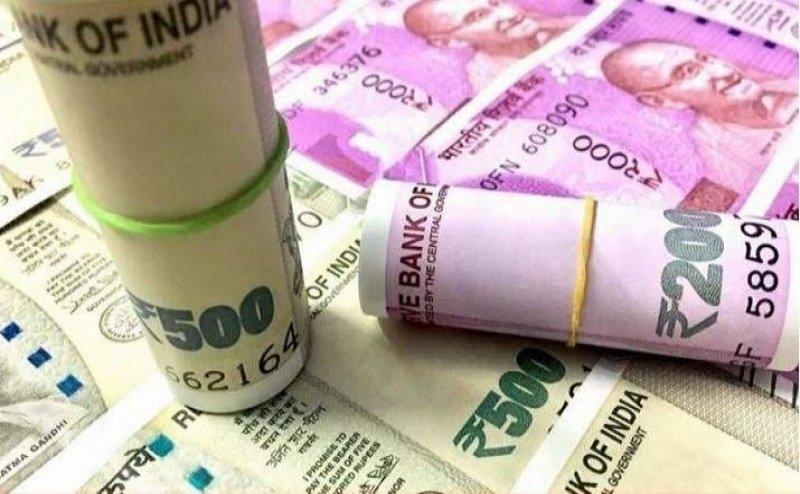 50 लाख सरकारी कर्मचारियों को मोदी सरकार ने दिया दिवाली गिफ्ट! 5 फीसदी बढ़ा महंगाई भत्ता
