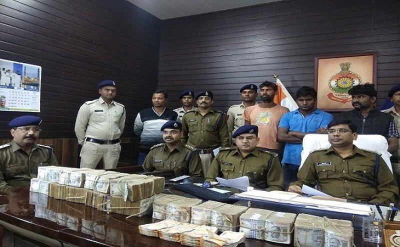 भाजपा नेता गिरफ्तार, ठेकेदार से 13 लाख की लूट की पूरी कहानी  झूठी निकली