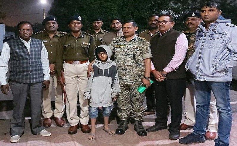 होटल मालिक से पड़ी डांट तो बेटे को कर लिया अगवा, पुलिस ने छुड़वाया